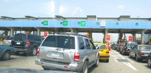 Les rues de Lagos dans Lagos lekki-toll-gate-300x145