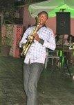 Saxophoniste dans Lagos jazz-night-saxo-1-107x150