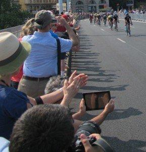 Tour de France 2013 : Chris Froome & équipe Sky.  dans Auvergne tour-de-france-7-sky-team-et-maillot-jaune-289x300