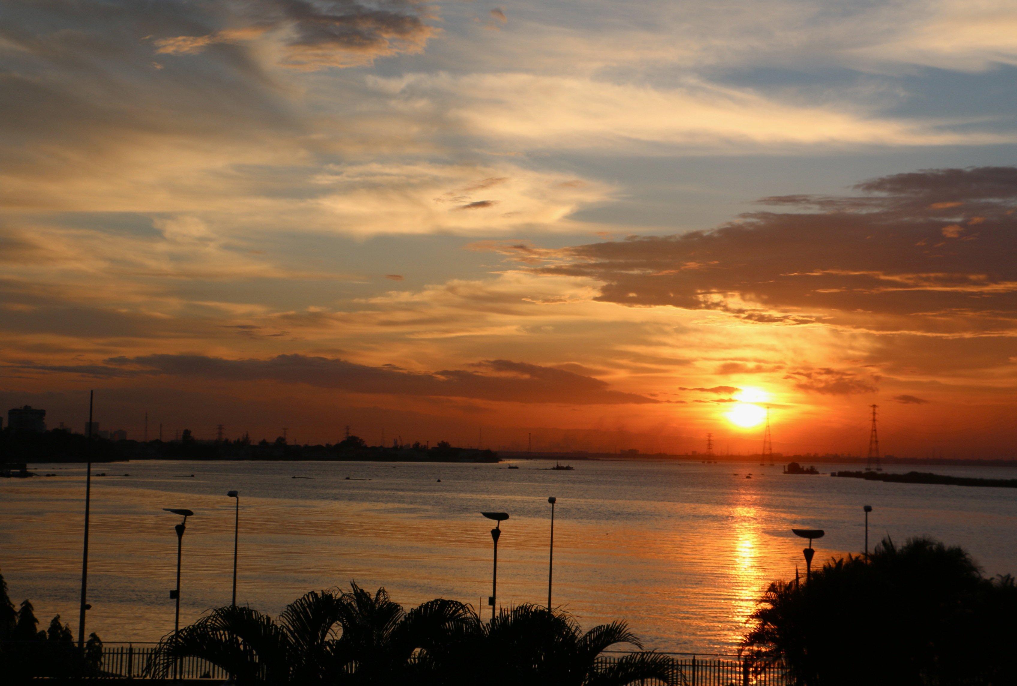 Coucher du soleil sur la lagune lagos nigeria - Heure de coucher du soleil 2015 ...