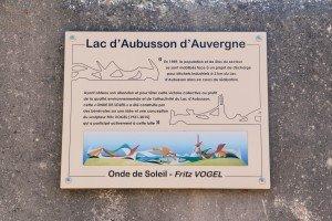 Lac d'aubusson - stèle